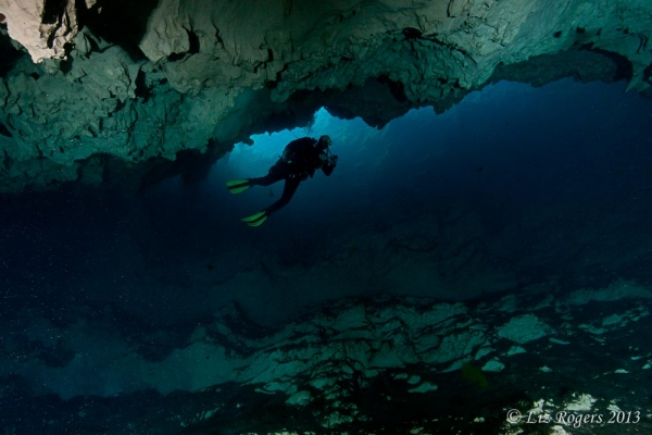 April: Descending the Chasm in Piccaninnie Ponds